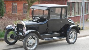 Fort T coupe 1927