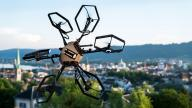 VIDEO: Hexacopter kan vende i alle retninger