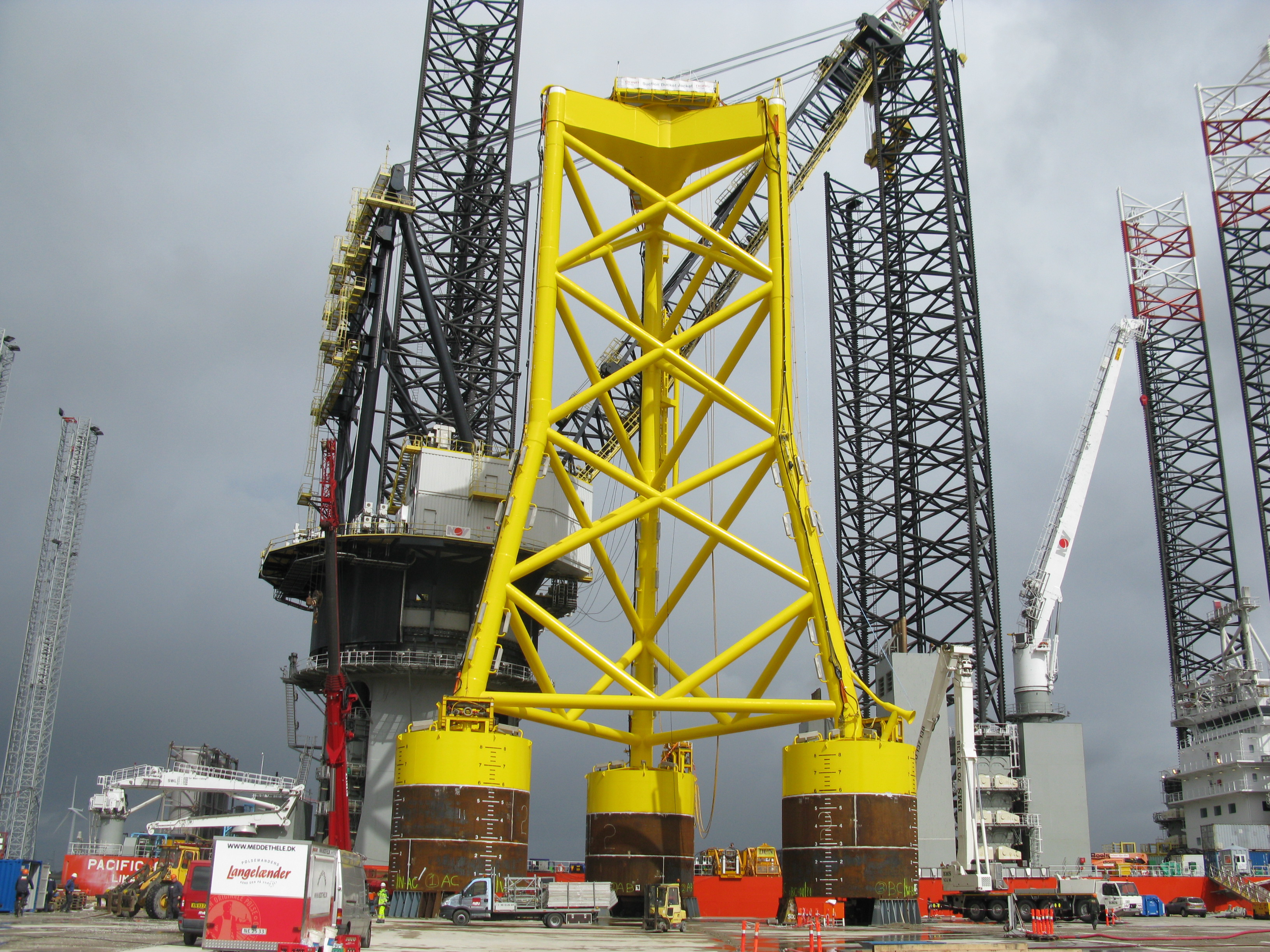 Dong Energy, fundament, havmøller, offshore, Suction Bucket Jacket